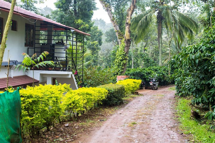 River Side Homestay in Coorg W/ All Meals