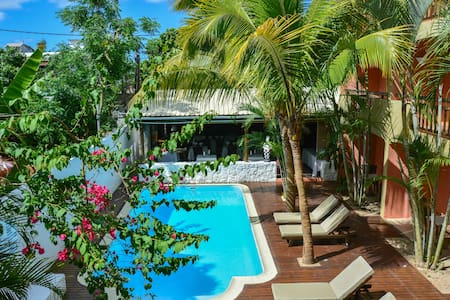La Margarita Hotel (Rate for 2p) - Triolet - Bed & Breakfast