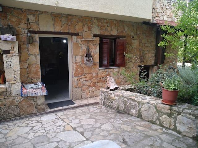 Mavromichelos Traditional House