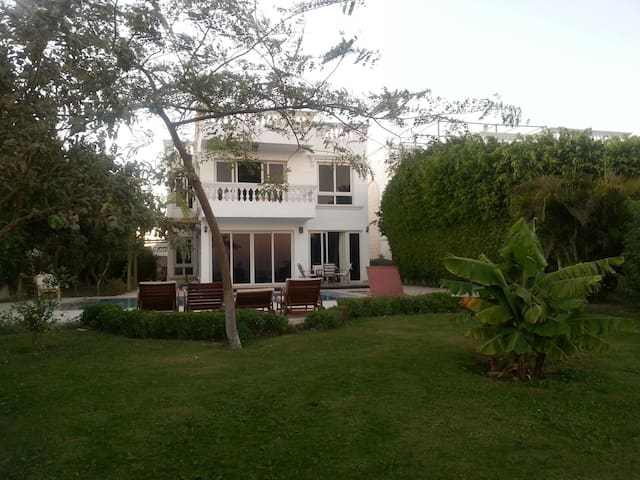 Amazing seafront villa in Sharm El - South Sinai Governorate - Hus