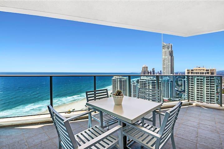 Above Hilton Million-dollar ocean View 面朝大海, 春暖花开