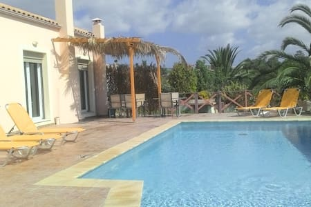 Villa Karavaki Xi beach private pool, BBQ, Wifi - Mantzavinata - Casa de camp