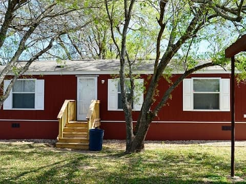 JUST WHAT YOU ARE LOOKING FOR W/ MANY OPTIONS TO CHOOSE FROM - CALL 210-392-1151