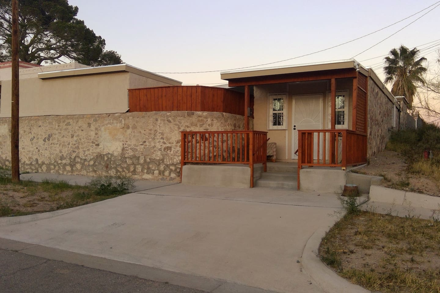 Private entrance and driveway.