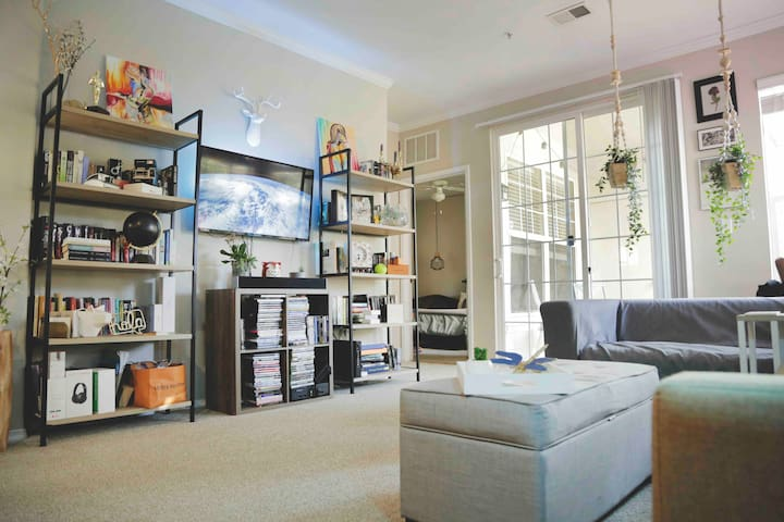 Comfortable Space With Easy Access To Downtown