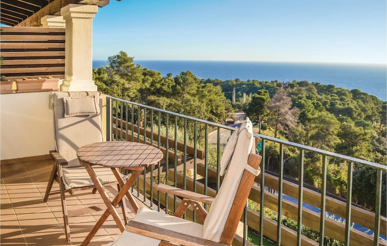 Terraced house with 3 bedrooms on 100m² in Tossa de Mar