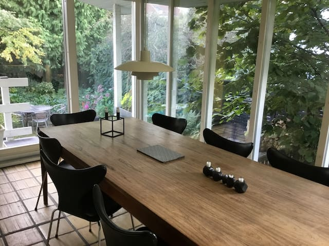 Cosy house close to Copenhagen for families/groups