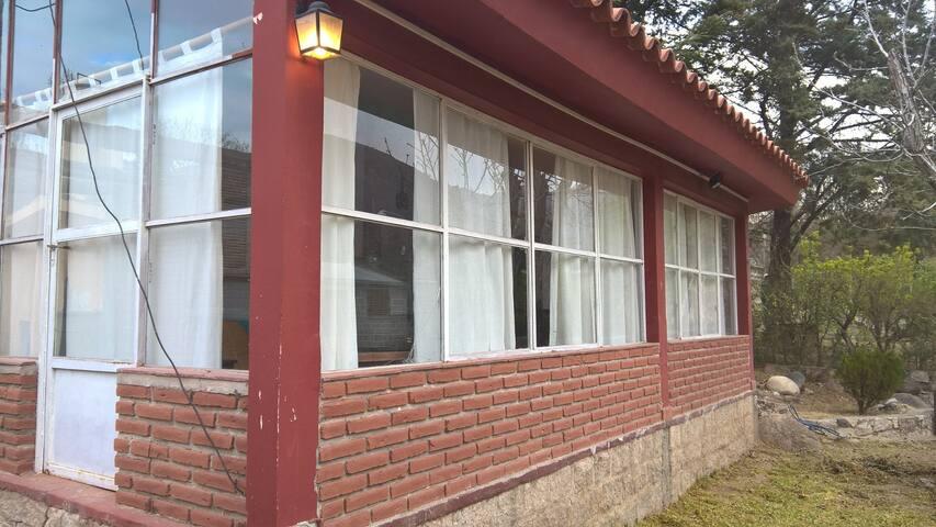 CASA EN EL RODEO - El Rodeo - Huis