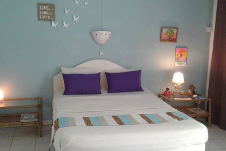 Chez Jaz&Val aircon room:beach 100m - Blue Bay