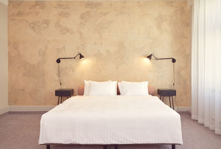 Flexibles Wohnen - Boutique Hotel with free meals