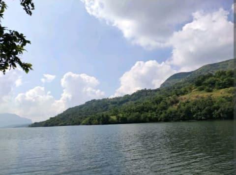 Nature's Deck Amazing Backwater view of Mulshi Dam