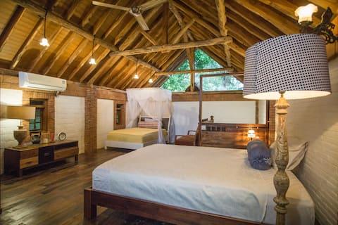 Fully decorated teak wood villa *6