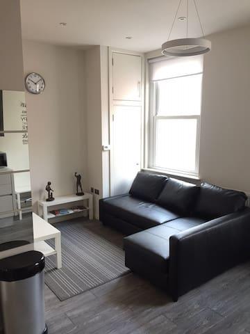Amazing 1 bedroom apartment in the ❤️of paddington