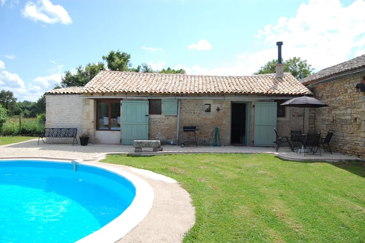 La Petite Maison - WITH PRIVATE POOL