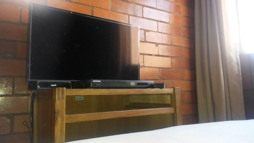 Habitación en casa familiar tranquilo y acogedor - Bogotá - Hus