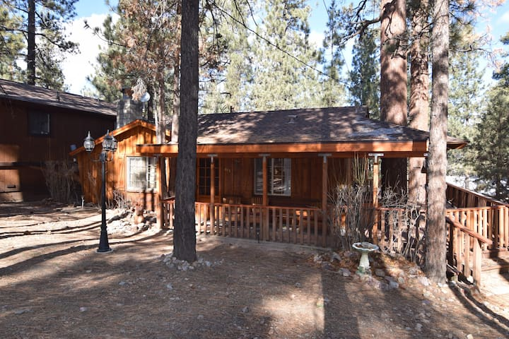 Big Bear Cabin Rentals - Airbnb, California, United States: cabin ...
