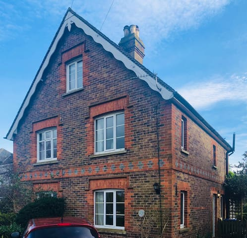 Plough Cottage, Ringmer Village Green