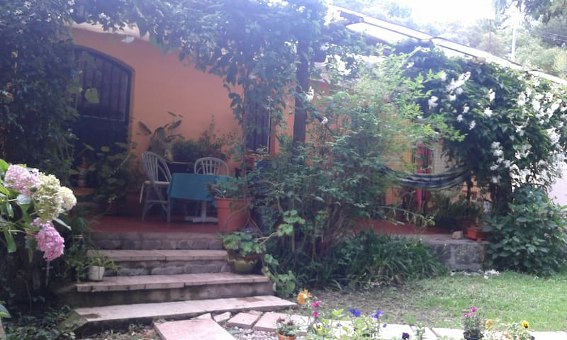 "Apart Suites & Cabañas Duendes del Pungo ""Aromo"" - Villa Giardino - Aparthotel"