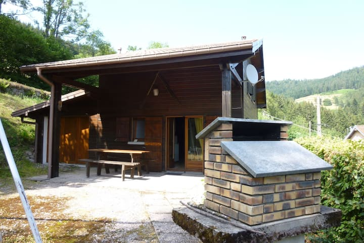 chalet in the Vosges, slopes and hiking paths