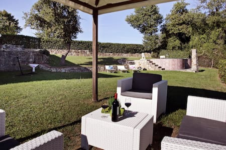 Weekly price includes a Tuscan dinner at home - Gaiole In Chianti - Villa
