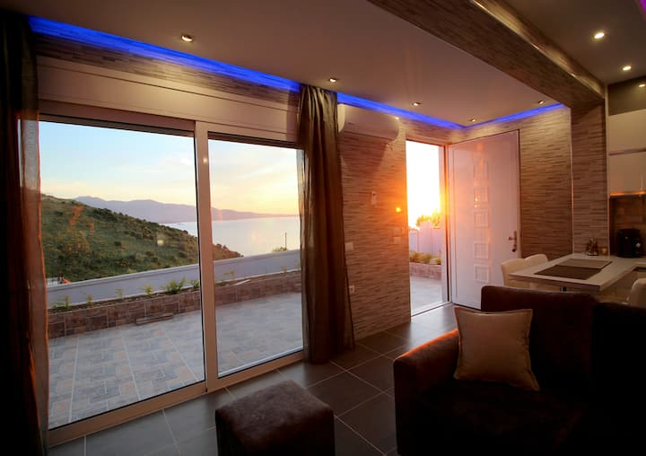 Le Gjero luxury villa deluxe