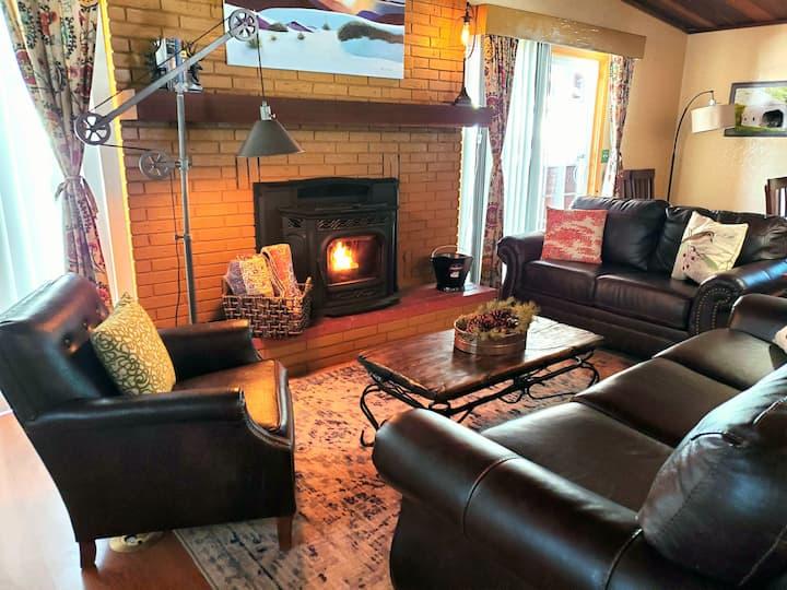 Hotel suite style mtn cabin in elk neighborhood!