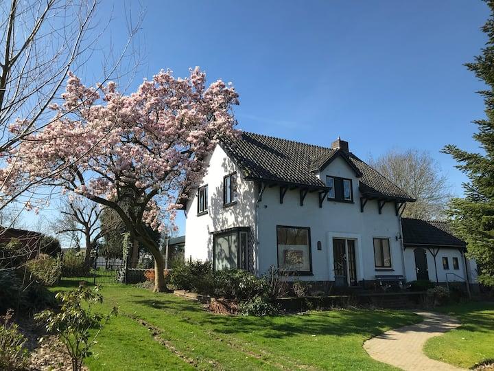- Corona vrij - Welkom Thuis! in Zuid Limburg  B&B