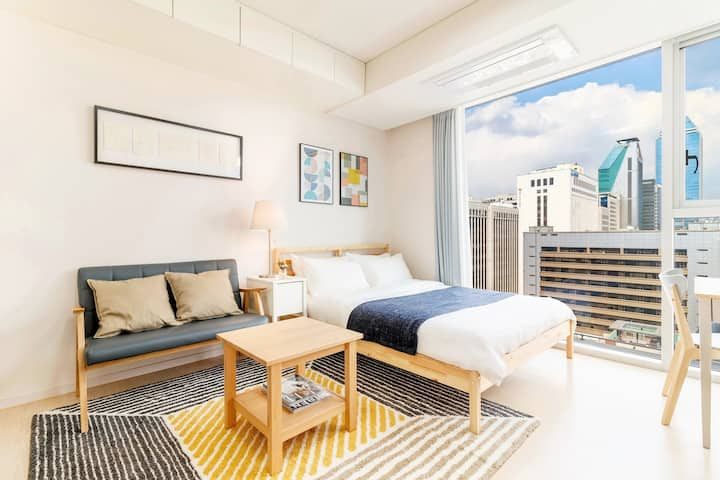 S1 Clean & cozy room right next to Gangnam Station