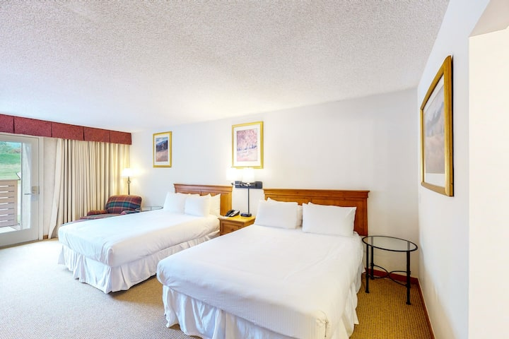 Comfortable & family-friendly room w/shared hot tub, outdoor pool, gym, & more