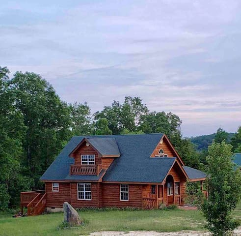 Scenic Mountain Getaway~Nature's Paradise, Enjoy!