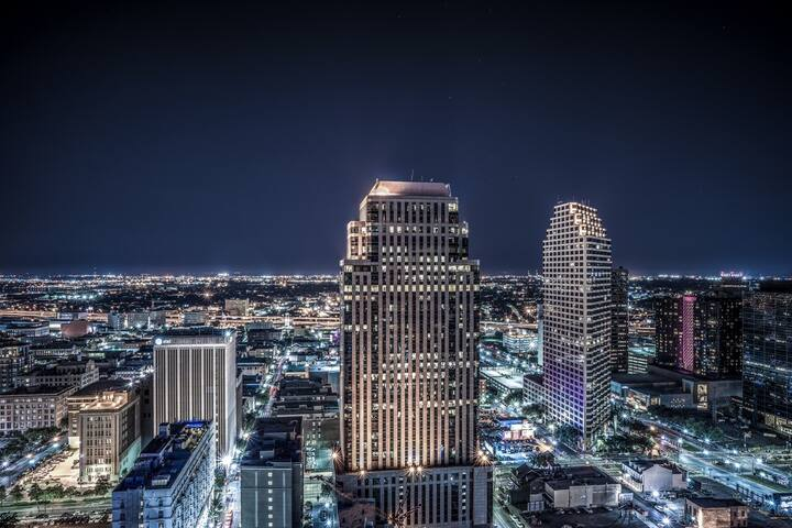Luxury High Rise Downtown New Orleans