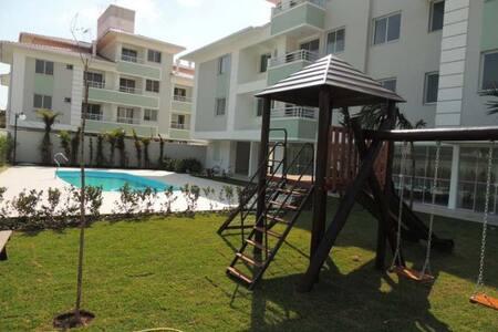 Apartamento novo completo com piscina - Florianópolis