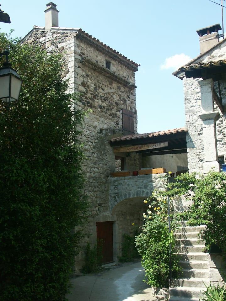 Gite Ardèche St Germain Tower grotte chauvet