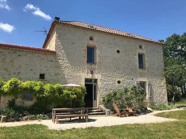 Typical Quercy house surrounded by vineyards