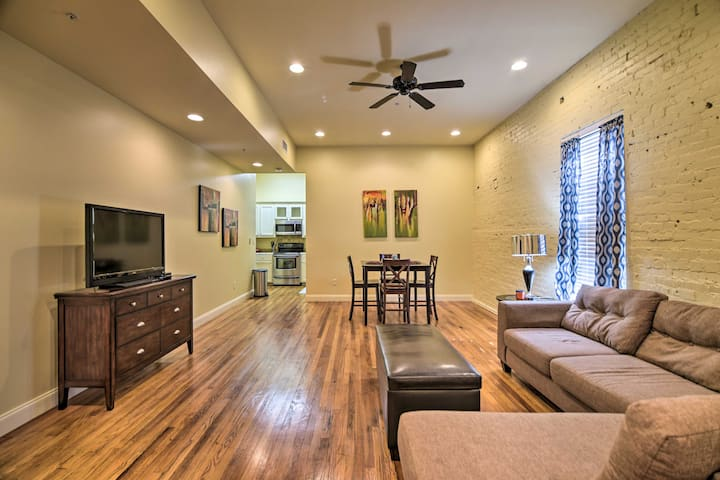 NEW! Modernized Dtwn Condo w/ Patio & Grill Access