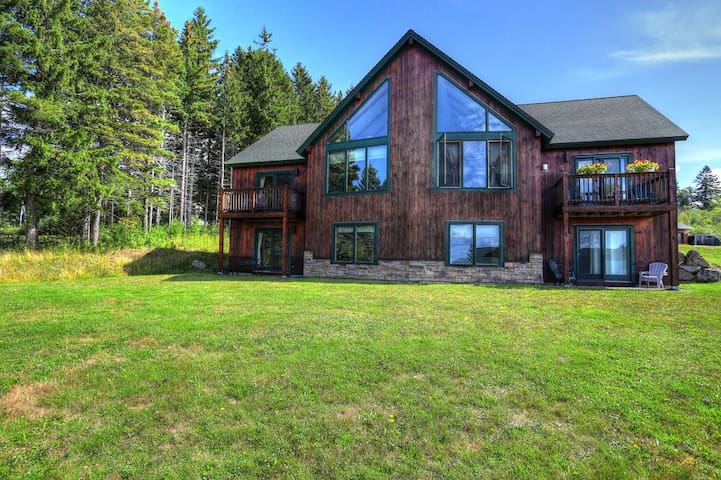 Lodges 17 - Modern condo with great views of Rangeley Lake