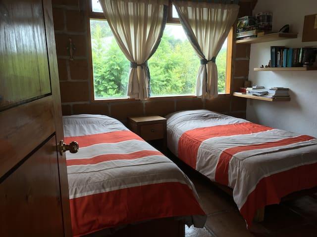 Cómoda habitación privada en Acatitlán