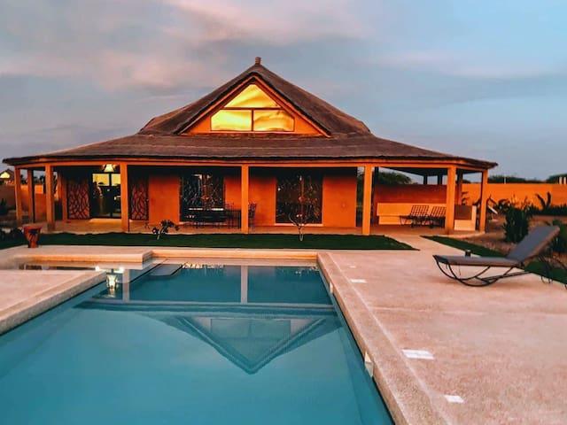 Villa d'exception avec piscine privée (6 ou 8 p.)