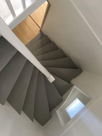 Maison sur 3 niveaux
