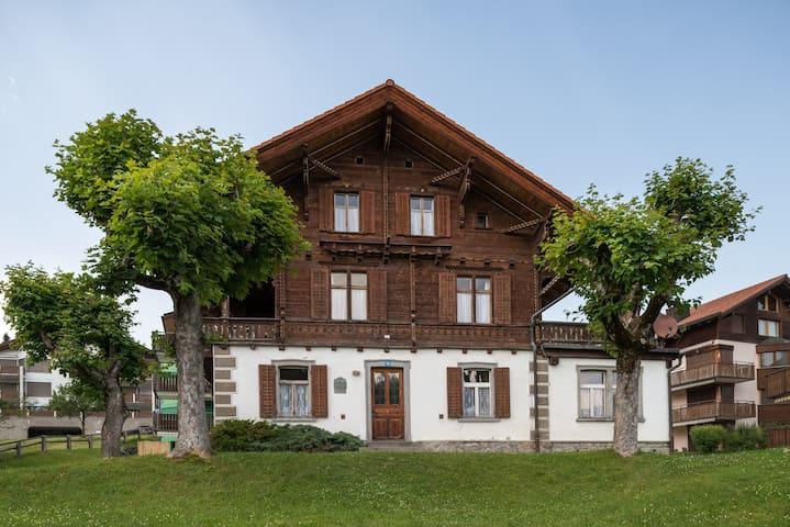 Landhaus Ursulina aus dem Jahre 1898 für 16 Pers. - Falera - Talo
