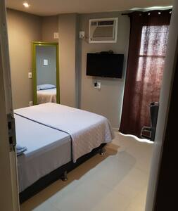 Mini Flats 2 cozinha, varanda Wi-Fi e garagem