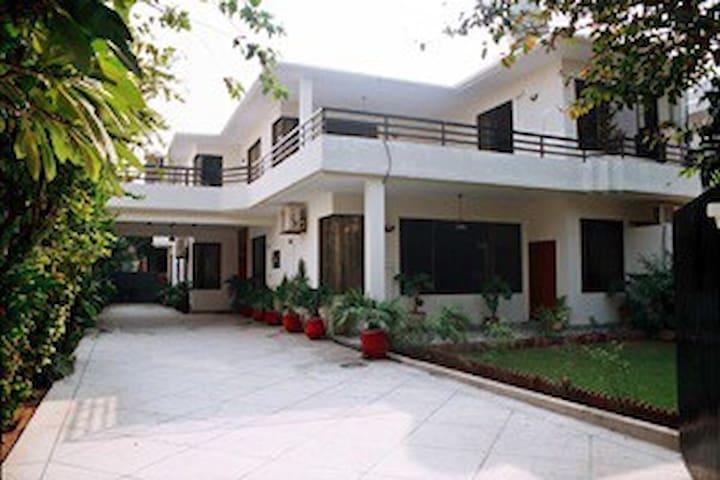 Lyallpur Apartments