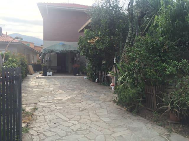 Dalla Zia Giusy, una casa perfetta per il relax! - Pontedassio