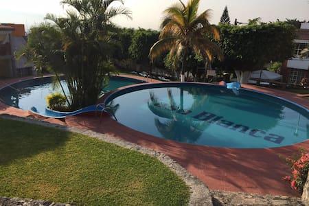 Beautiful House in Cuernavaca - Tres de Mayo