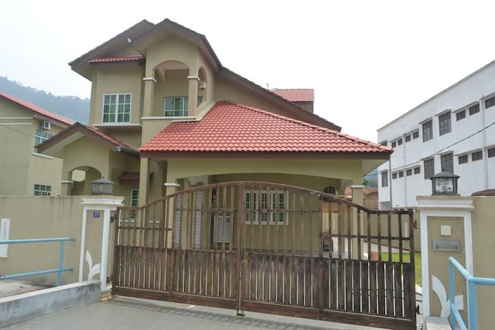 Bungalow House Lumut