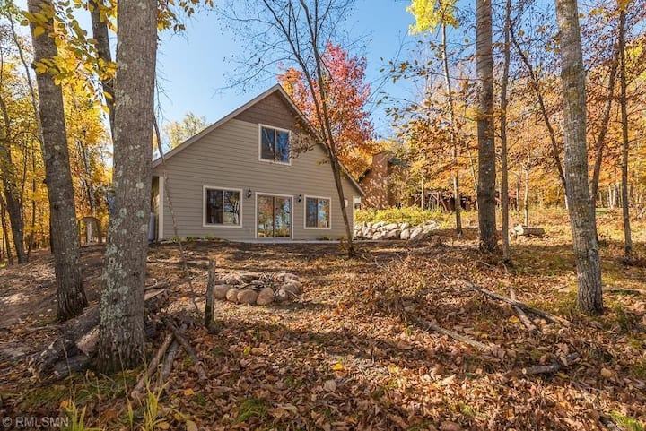 Nisswa Nord (3 bedroom & 2 bath cabin on the lake)