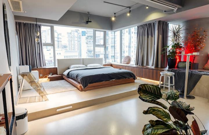宿研 · 想象力民宿 丨 极简灰色设计丨北欧ins风 | 下楼太古里,步行春熙路丨 环形落地窗 丨