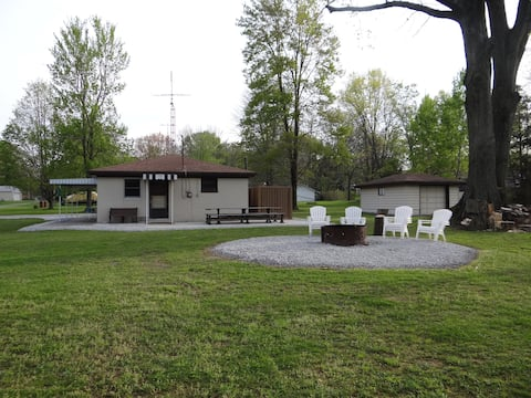 Beer Camp of Pymatuning Lake (Dock Space Included)