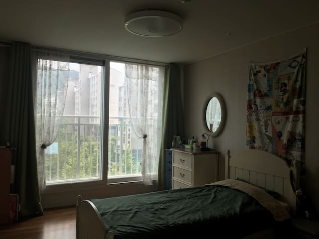 Friendly room in a flat - Seongnam  - Wohnung