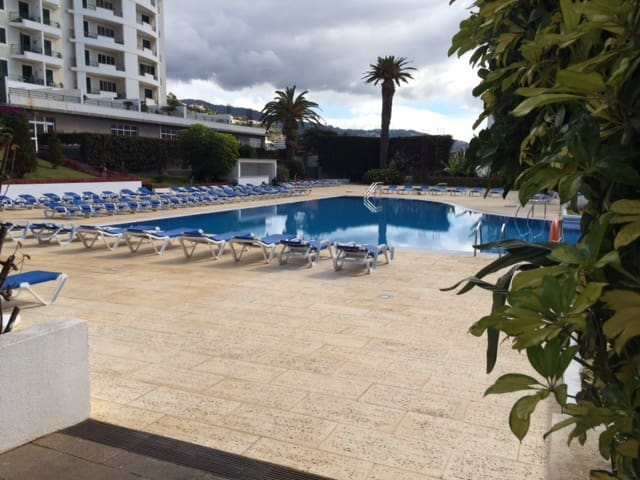 Pool/Jacuzzi Appartement in **** Place